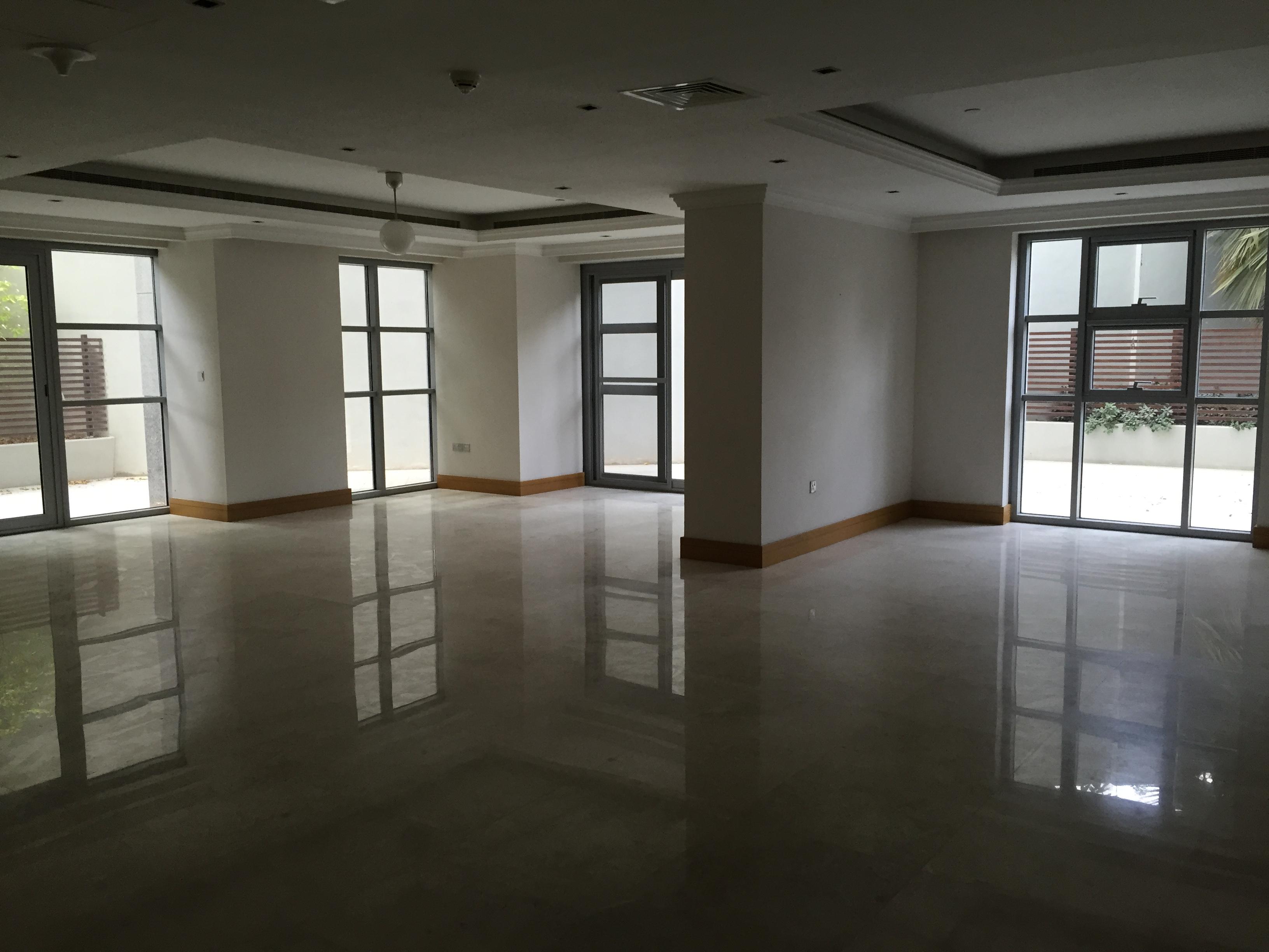 Huge 4 Bedroom Duplex in Prime Location